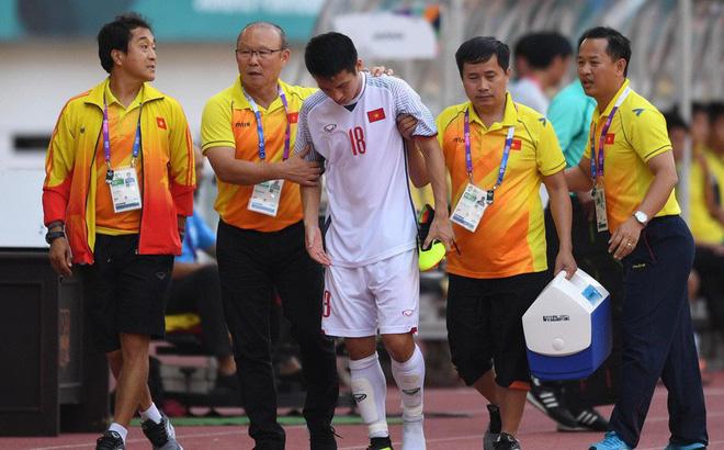 """HLV Phạm Minh Đức: """"Hùng Dũng quá quan trọng với Olympic Việt Nam, rất khó để khỏa lấp vị trí"""""""