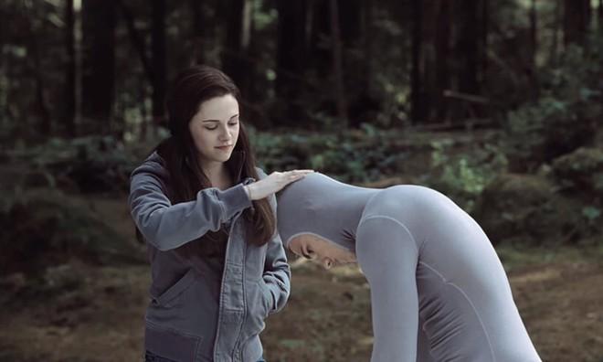 Những bức ảnh chứng minh công nghệ CGI quá tuyệt vời và các diễn viên thực sự đã diễn cực sâu - Ảnh 3.