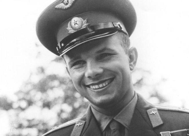 Thảm kịch ám ảnh Liên Xô: 300 tấn nhiên liệu nổ, phá hủy vật thể 1,7 tấn trong tích tắc - Ảnh 2.