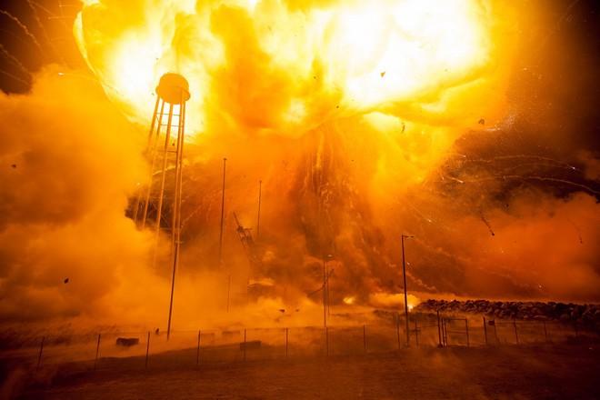 Thảm kịch ám ảnh Liên Xô: 300 tấn nhiên liệu nổ, phá hủy vật thể 1,7 tấn trong tích tắc - Ảnh 7.