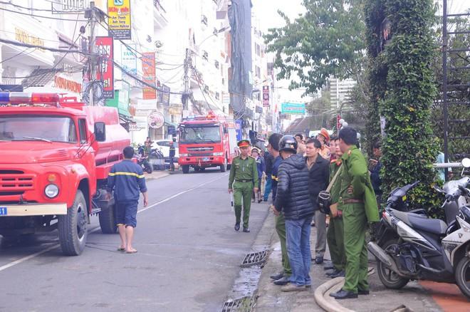 Cháy lớn tại beer club có dàn âm thanh giá 8 tỷ đồng ở trung tâm Đà Lạt - Ảnh 5.