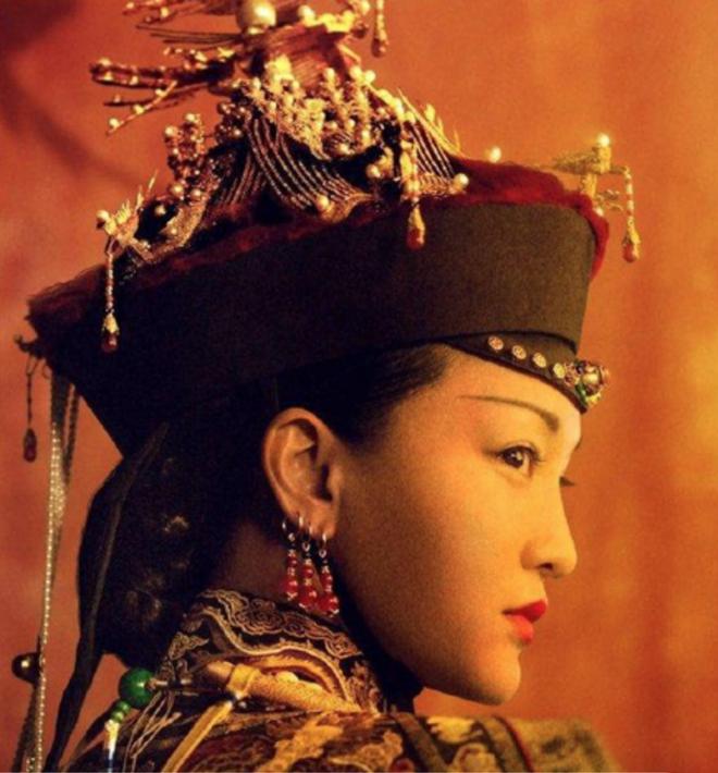 """Top 7 mỹ nhân thời Thanh trên truyền hình Hoa ngữ: """"Hoàng hậu"""" Tần Lam xếp thứ 2, vị trí số 1 khó ai qua mặt - Ảnh 17."""
