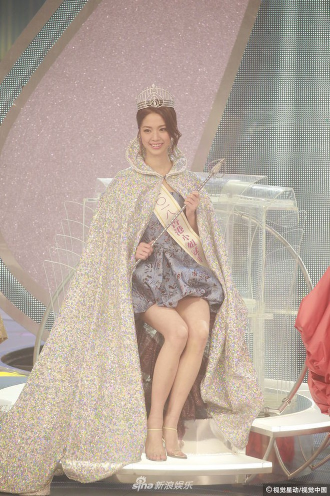Chung kết Hoa hậu Hong Kong 2018: Người giành vương miện bị chê lép, dân tình than trời vì Á hậu 1 và 2 - Ảnh 7.