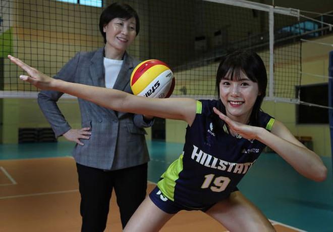 Ngắm nhan sắc của 'thiên thần' bóng chuyền Hàn Quốc - Ảnh 10.