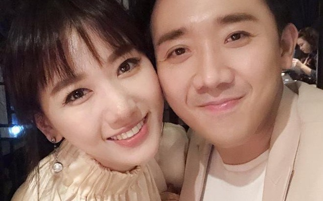 Vợ chồng Hari Won - Trấn Thành tưng bừng mở tiệc chúc mừng sinh nhật bố
