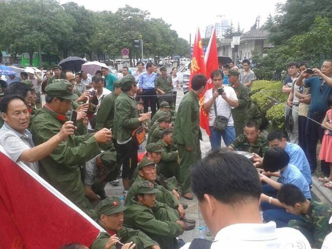 Cựu chiến binh Trung Quốc biểu tình: Cơn đau đầu dai dẳng của ông Tập Cận Bình - Ảnh 2.