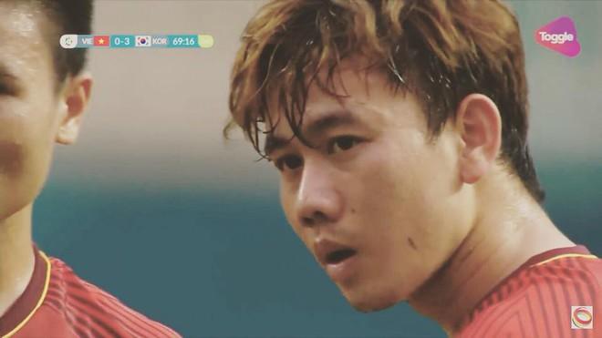 Bàn tay nắm chặt của Văn Quyết và những biểu cảm khiến CĐV nhớ mãi về U23 Việt Nam - Ảnh 1.