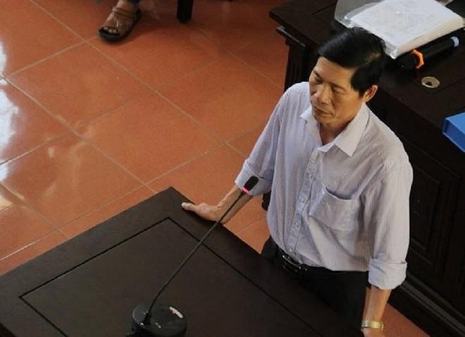 Những ai đã bị khởi tố trong vụ BS Hoàng Công Lương? - Ảnh 2.