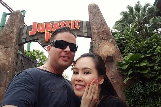 Chuyện tình thú vị của nữ diễn viên lùn nhất showbiz Việt và chàng Tây cao gần 2m - Ảnh 5.