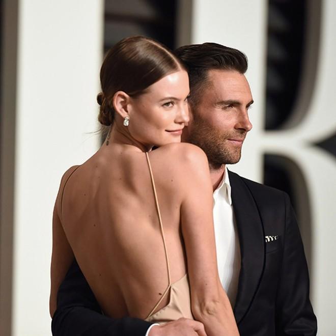 Cuộc sống lên hương sau một note nhạc của các sao Hollywood nhờ cưới được rich kids giàu sụ - Ảnh 2.