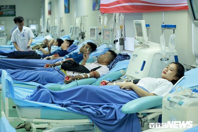 Ảnh: Bên trong phân xưởng điều chế máu lớn nhất miền Bắc - Ảnh 1.