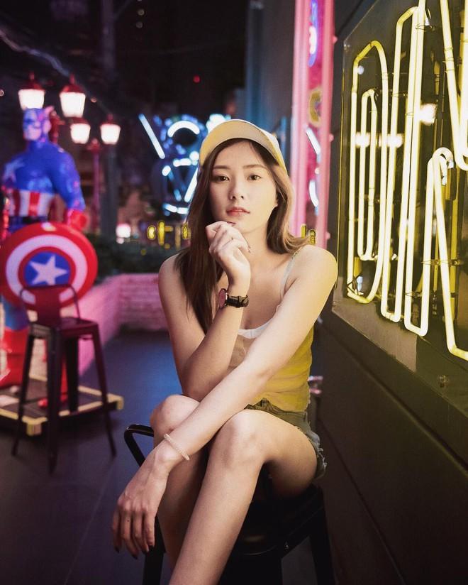 Hot girl Thái Lan sinh năm 1997 có gương mặt xinh xắn giống hệt Krystal (Fx) - Ảnh 3.