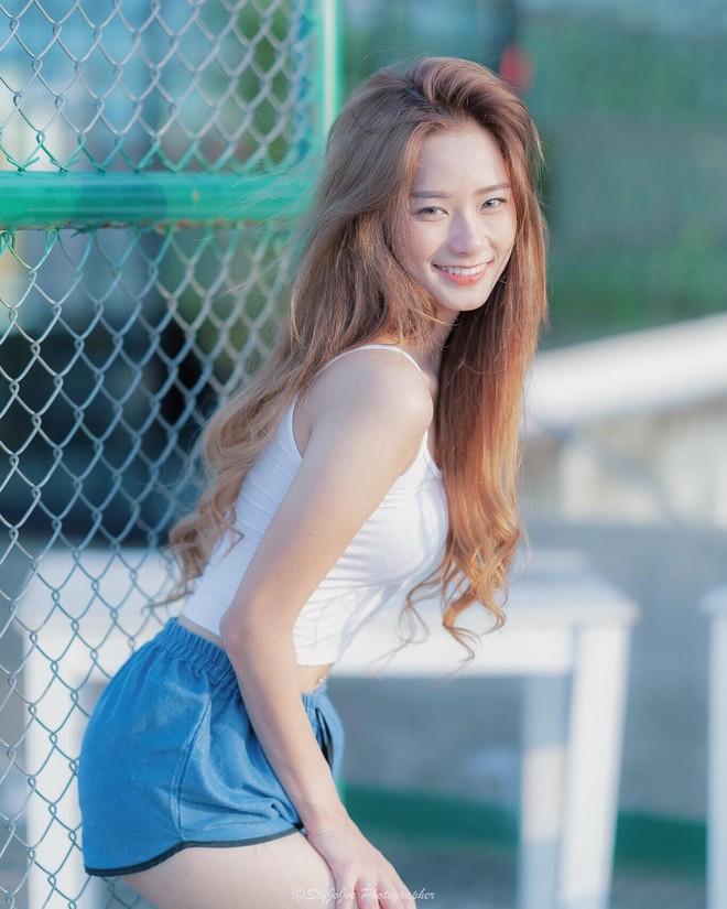 Hot girl Thái Lan sinh năm 1997 có gương mặt xinh xắn giống hệt Krystal (Fx) - Ảnh 10.