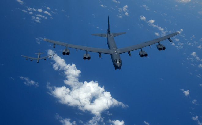 """Liên tục điều B-52 đến Biển Đông và Biển Hoa Đông, Mỹ đang """"chơi rắn"""" với Trung Quốc?"""