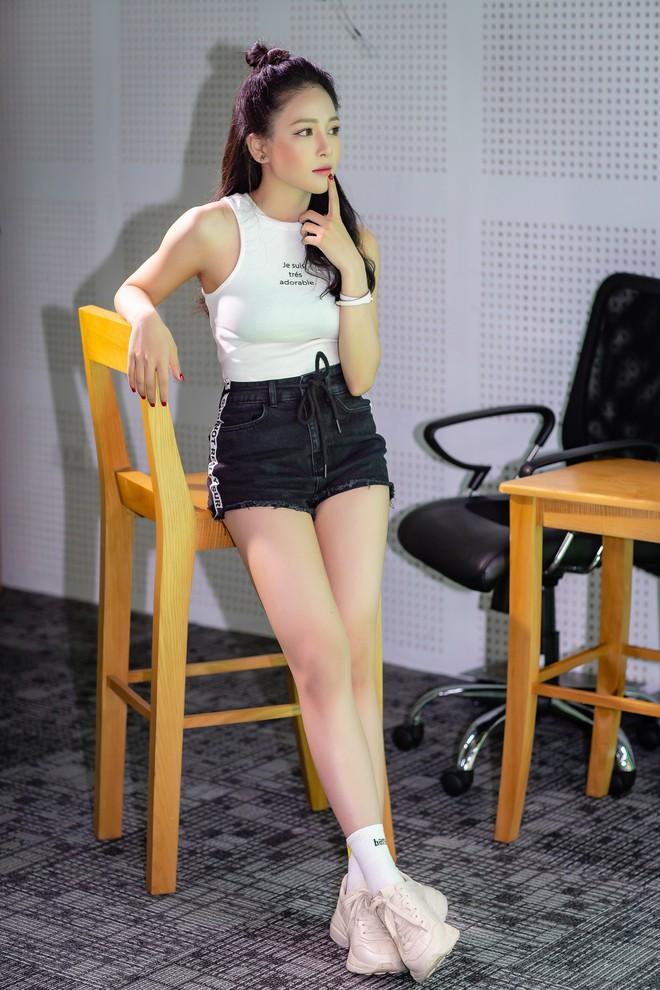 Hot girl Trâm Anh: Bị stress, không dám ra đường sau ồn ào với PewPew - Ảnh 7.