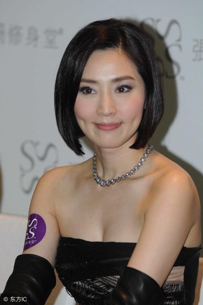 Mỹ nhân TVB ít tên tuổi đổi đời nhờ mối quan hệ đặc biệt với trùm xã hội đen - Ảnh 4.