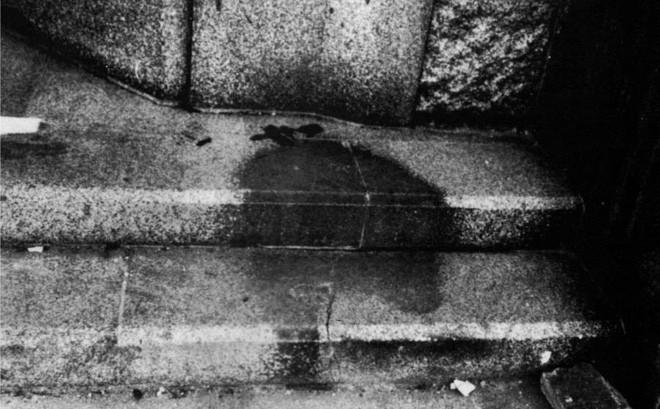 """Bóng đen trên đá: Ám ảnh những người """"bốc hơi"""" trong nháy mắt dưới cầu lửa bom nguyên tử"""