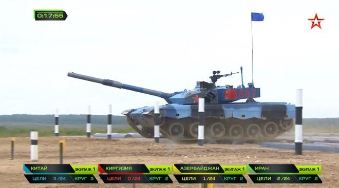 Bán kết Tank Biathlon 2018 - Xe tăng TQ gặp sự cố lăn đùng ra chết giữa đường đua! - Ảnh 15.