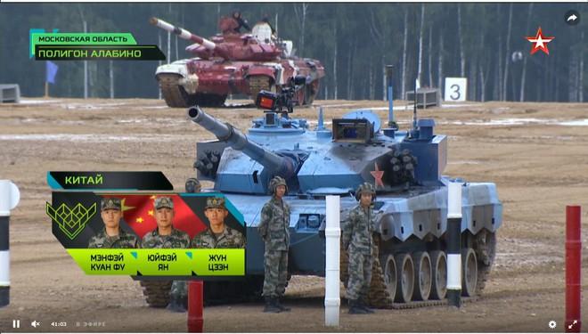 Bán kết Tank Biathlon 2018 - Xe tăng TQ gặp sự cố lăn đùng ra chết giữa đường đua! - Ảnh 4.