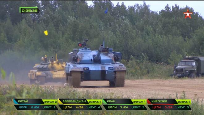 Bán kết Tank Biathlon 2018 - Xe tăng TQ gặp sự cố lăn đùng ra chết giữa đường đua! - Ảnh 28.