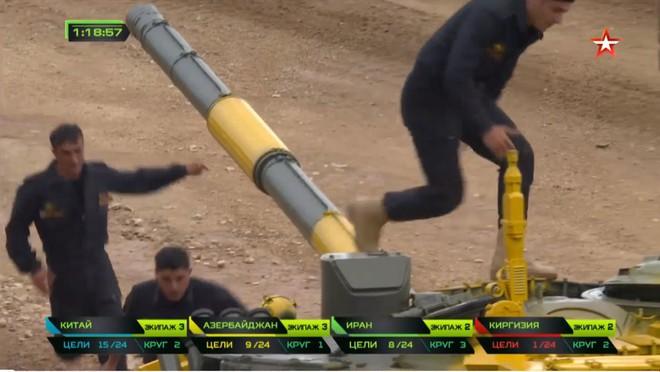 Bán kết Tank Biathlon 2018 - Xe tăng TQ gặp sự cố lăn đùng ra chết giữa đường đua! - Ảnh 46.