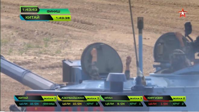 Bán kết Tank Biathlon 2018 - Xe tăng TQ gặp sự cố lăn đùng ra chết giữa đường đua! - Ảnh 49.