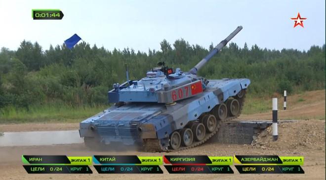 Bán kết Tank Biathlon 2018 - Xe tăng TQ gặp sự cố lăn đùng ra chết giữa đường đua! - Ảnh 9.