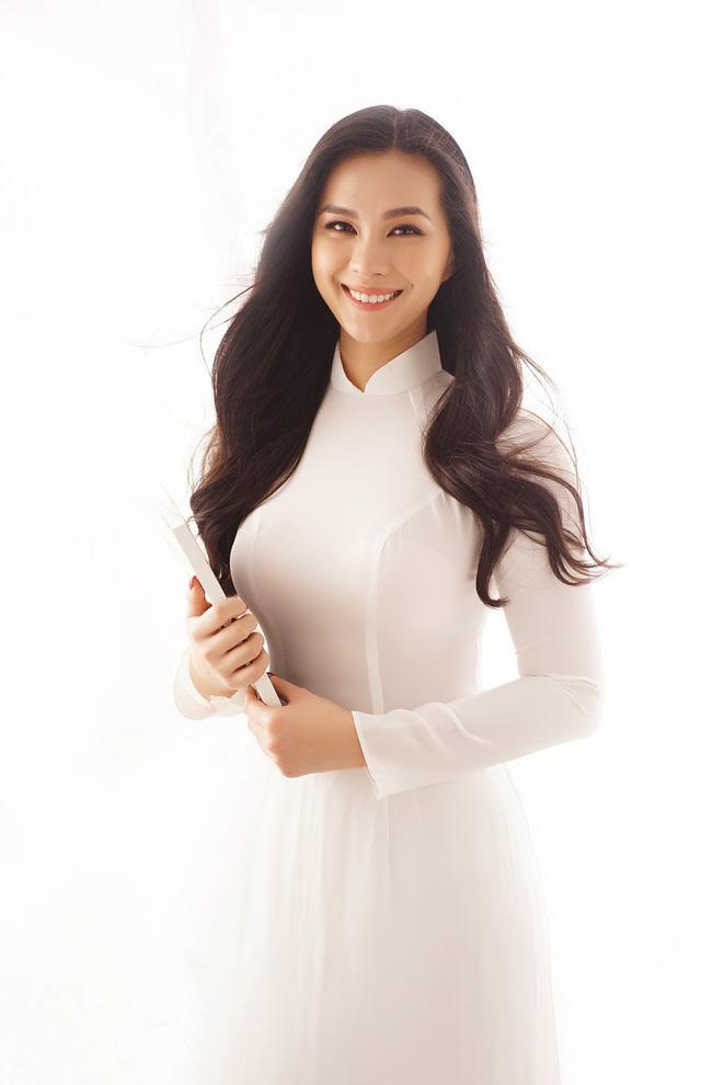 Điểm mặt 9 thiên kim tiểu thư nhà sao Việt: Xinh đẹp ngời ngời, không Hoa hậu thì cũng là mỹ nhân trong tương lai - Ảnh 13.