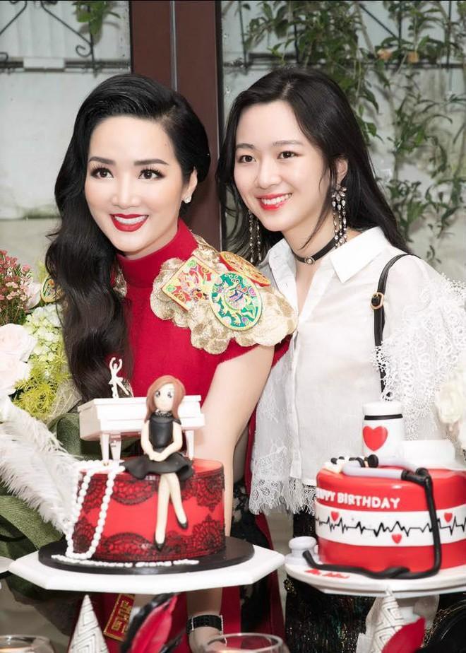 Điểm mặt 9 thiên kim tiểu thư nhà sao Việt: Xinh đẹp ngời ngời, không Hoa hậu thì cũng là mỹ nhân trong tương lai - Ảnh 3.