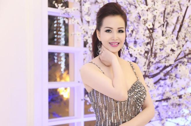 Bảy Hoa hậu Việt Nam từ Bùi Bích Phương đến Phan Thu Ngân: Người hồng nhan bạc tỉ, kẻ oan trái thị phi - Ảnh 4.