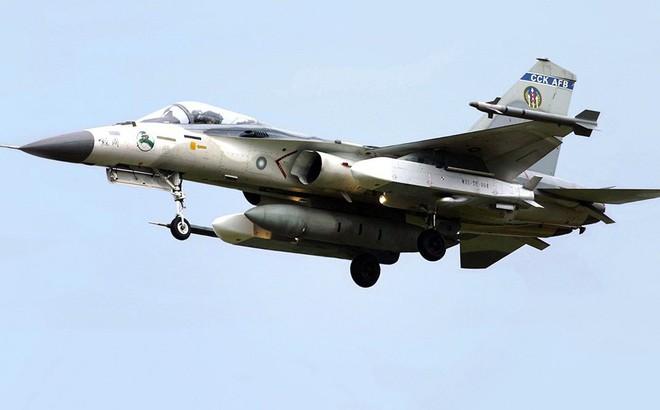 """Tên lửa tự chế của Đài Loan """"mở cánh cửa"""" bắn phá căn cứ TQ ở Quảng Đông, Phúc Kiến?"""
