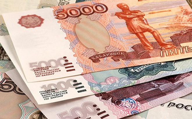 Đồng ruble của Nga sụt xuống mức thấp nhất trong gần 2 năm qua so với đồng USD