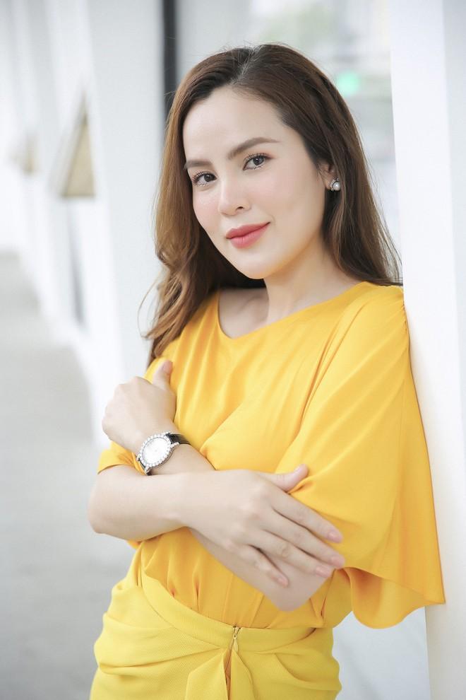 Hoa hậu Phương Lê liều lĩnh mặc đụng hàng Tăng Thanh Hà, Angela Phương Trinh - Ảnh 7.