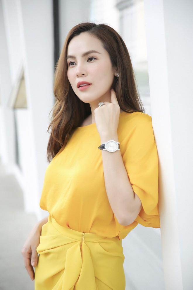 Hoa hậu Phương Lê liều lĩnh mặc đụng hàng Tăng Thanh Hà, Angela Phương Trinh - Ảnh 6.