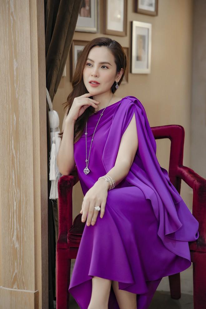 Hoa hậu Phương Lê liều lĩnh mặc đụng hàng Tăng Thanh Hà, Angela Phương Trinh - Ảnh 11.