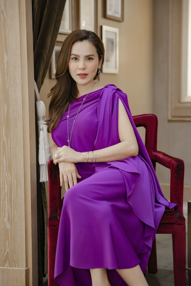 Hoa hậu Phương Lê liều lĩnh mặc đụng hàng Tăng Thanh Hà, Angela Phương Trinh - Ảnh 10.