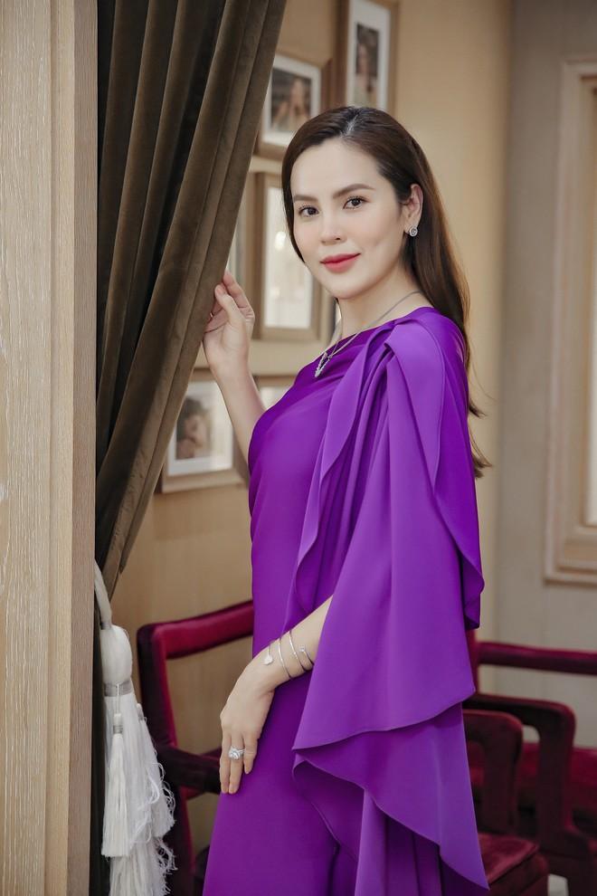 Hoa hậu Phương Lê liều lĩnh mặc đụng hàng Tăng Thanh Hà, Angela Phương Trinh - Ảnh 13.
