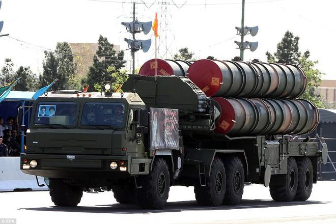 Rúng động: Iran viện trợ khẩn tên lửa S-300 mới và chiến đấu cơ cho Syria: Nghênh đánh Mỹ - Ảnh 2.