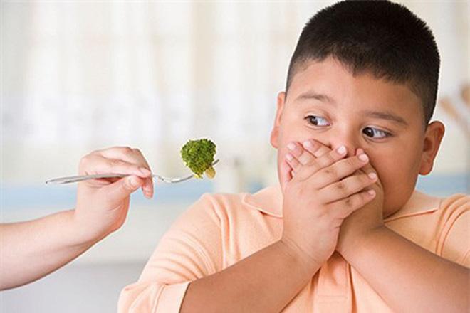7 sai lầm trong khi ăn khiến đường tiêu hóa bị rối loạn, sinh bệnh: Có thể bạn cũng mắc! - Ảnh 3.