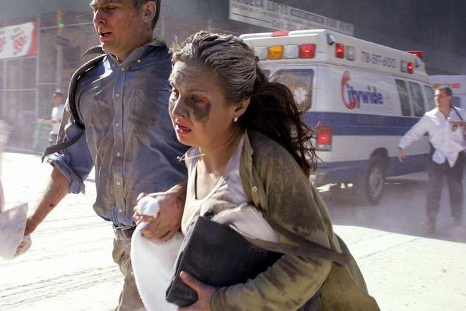 [ẢNH] Những bức hình đột nhiên biến mất, mới tìm lại được về vụ khủng bố 11/9 - Ảnh 29.