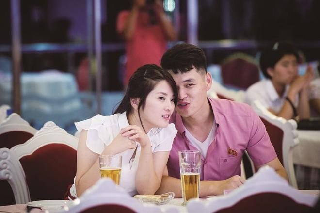 Phóng viên Nhật Bản ngỡ ngàng: Triều Tiên ngày càng giàu có hơn, tràn ngập tình yêu và tiếng cười - Ảnh 4.