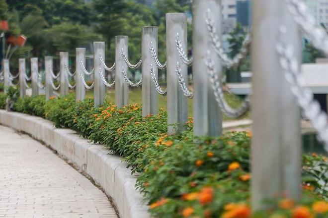 Công viên 300 tỷ chính thức vận hành sau 2 năm đắp chiếu - Ảnh 11.