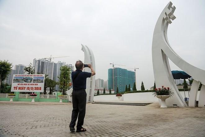 Công viên 300 tỷ chính thức vận hành sau 2 năm đắp chiếu - Ảnh 15.
