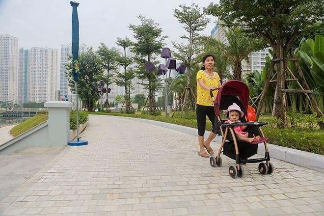 Công viên 300 tỷ chính thức vận hành sau 2 năm đắp chiếu - Ảnh 4.