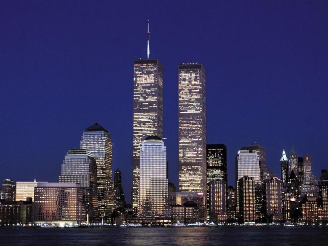 23 bức ảnh nhuốm màu đau thương vụ khủng bố 11/9 - Ảnh 1.