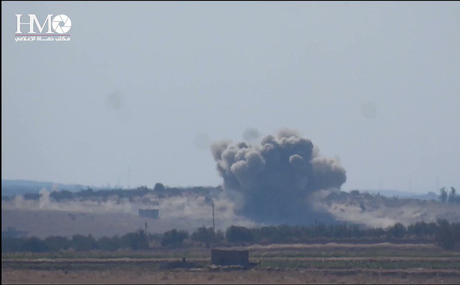 """Phương Tây """"chặn họng"""" kênh truyền thông ủng hộ CP Syria: Sấm sét sắp thiêu cháy Damascus?"""
