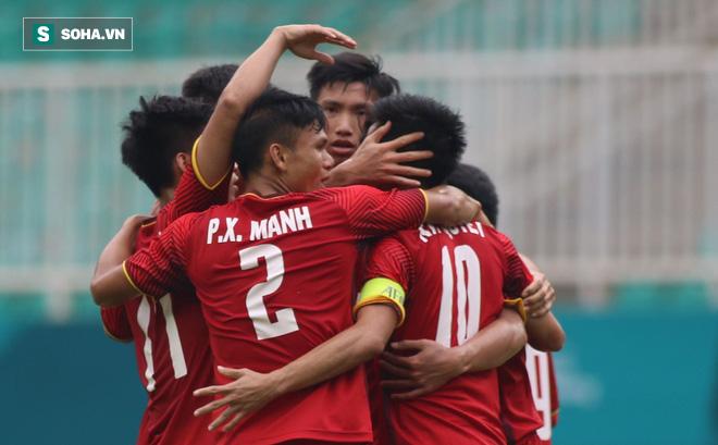 U23 Việt Nam hành động đẹp, tặng 250 triệu đồng cho đội bóng đá nữ