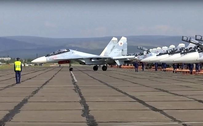 24h qua ảnh: Cuộc tập trận lớn nhất từ trước tới nay của quân đội Nga