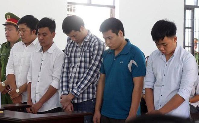 5 cựu công an đánh chết người tại nhà tạm giam lãnh cao nhất 7 năm tù