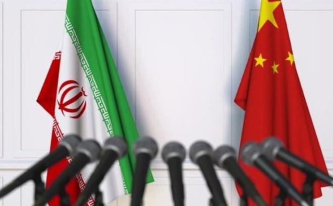 Iran tìm đến Trung Quốc khi bị Mỹ trừng phạt?